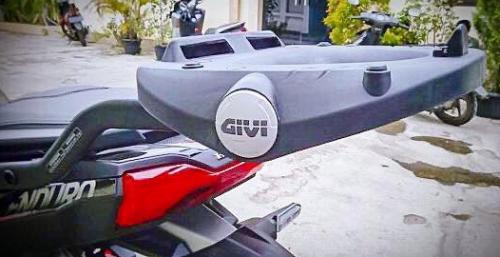 Baga givi SRV ADV150
